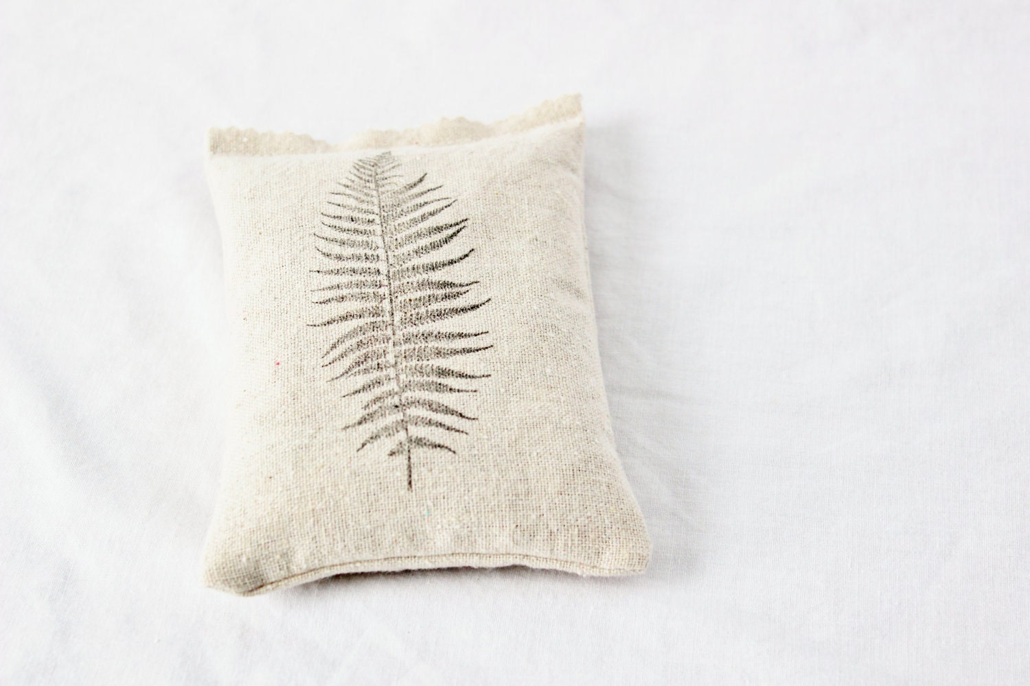 Aromatic Botanical Sachet Fern Frond Minimal Natural Home Decor - Gardenmis