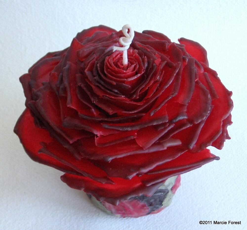 Rose Garden свадебные свечи, единства Set - Базовый элемент, свечи, Red & Black - Чистый пчелиный воск, лепестки розы, листья - Уникальные свечи от Марси Лесная