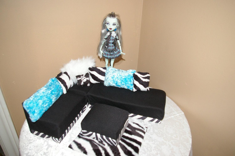 Как сделать мебель для кукол своими руками монстер хай видео