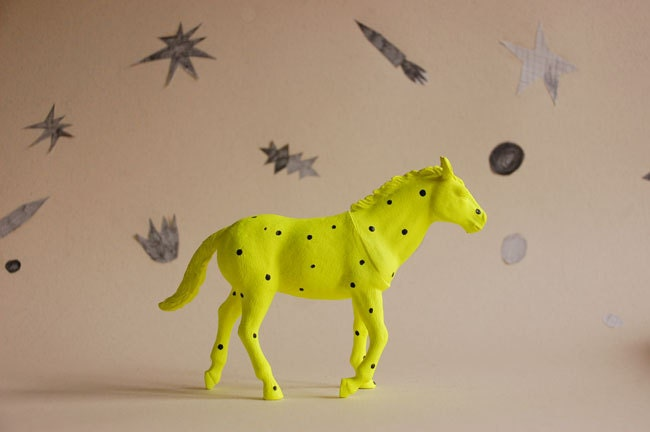 horse a pois - the strange planet
