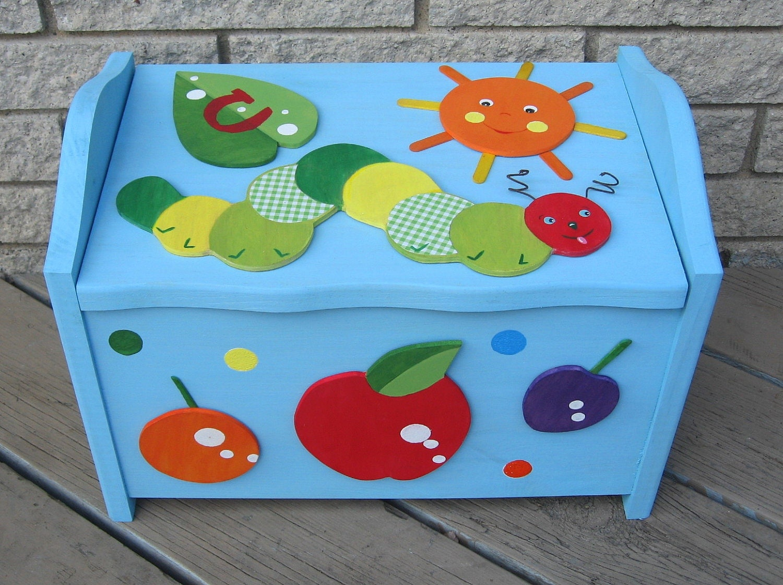 Toy Box ����� �������� ���� �������� Caterpillar Barn ������������� �������� ������������������� Keepsake �� Storytime ���