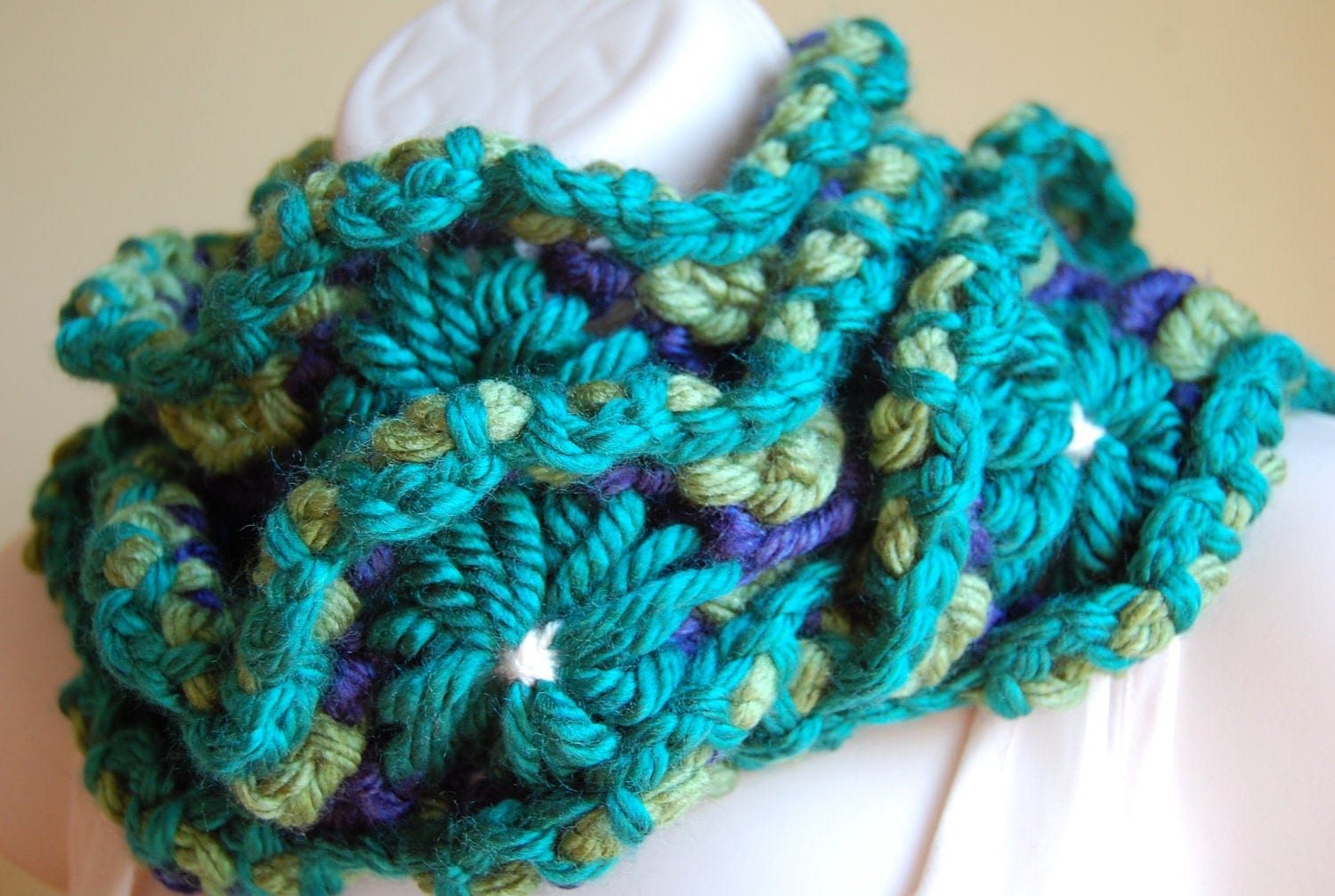 Down By The Marina- Daisy Chain Scarf