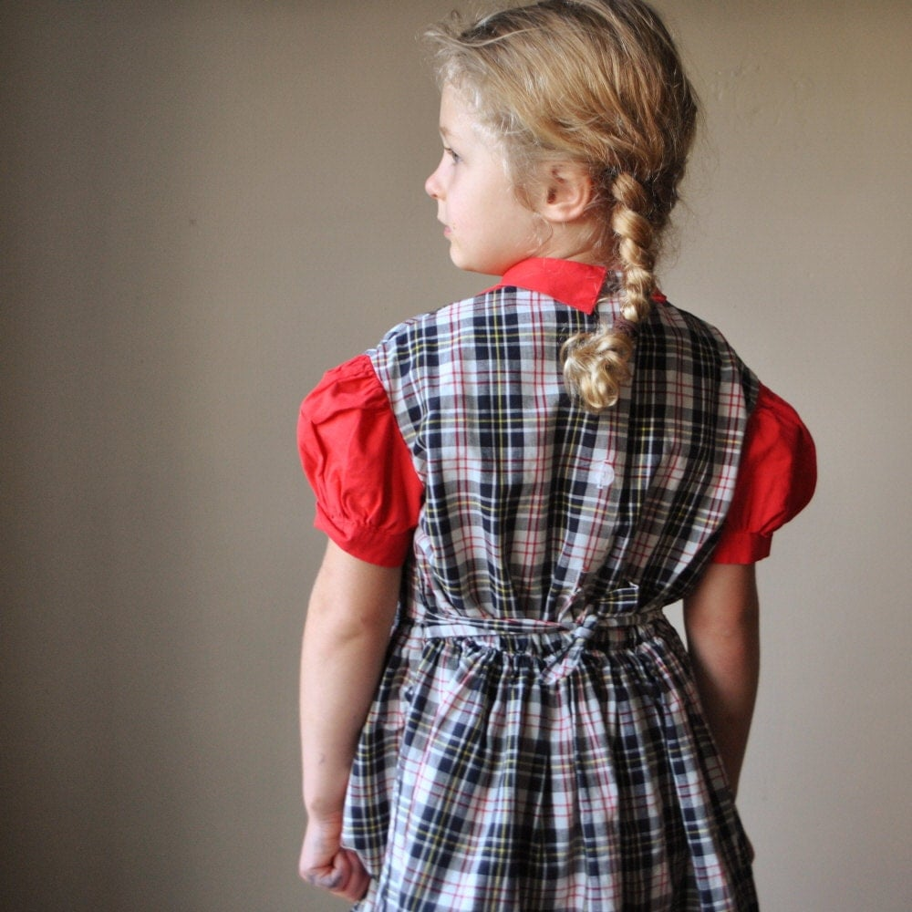 1950s Black and Red plaid dress, size 5/6 - salvagehouse