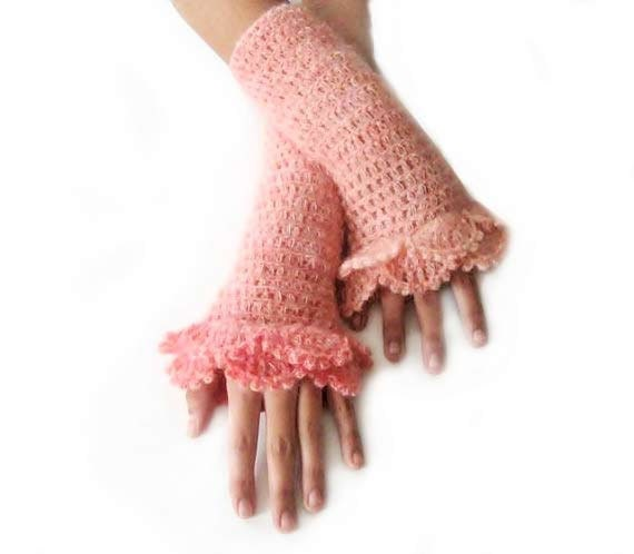 Crochet Fingerless Gloves , Peach, Salmon, Bridal, Bride, Elegant, Shabby, Chic, Lace gloves, Winter, christmas gift, - Iovelycrochet
