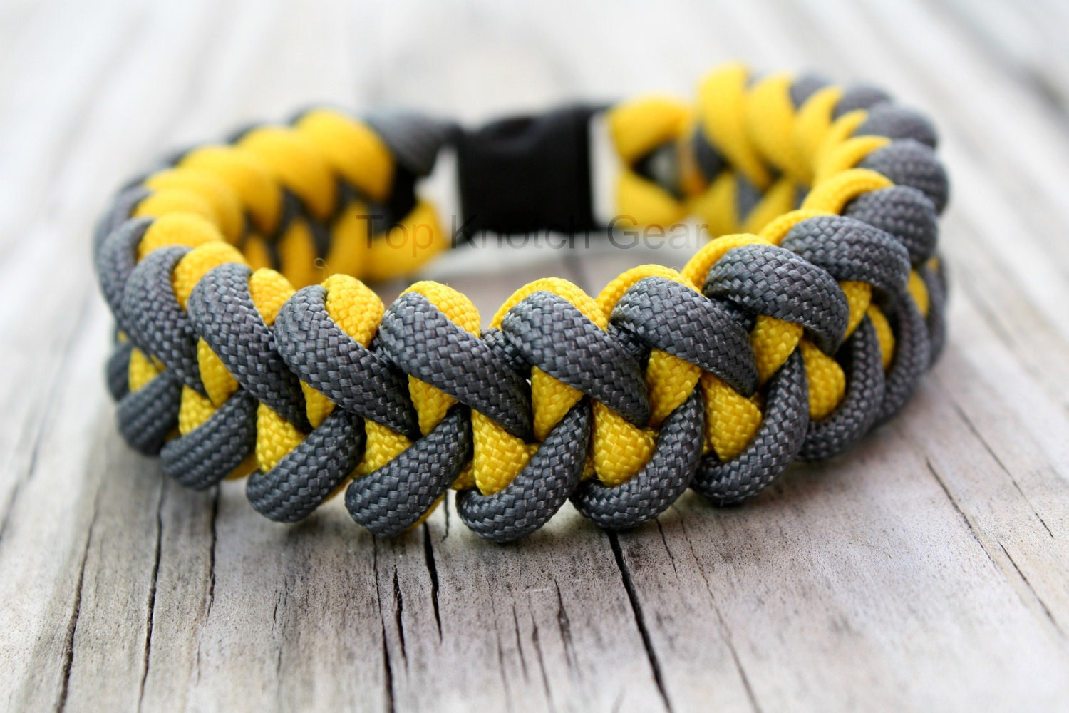 2 color paracord bracelet instructions with buckle