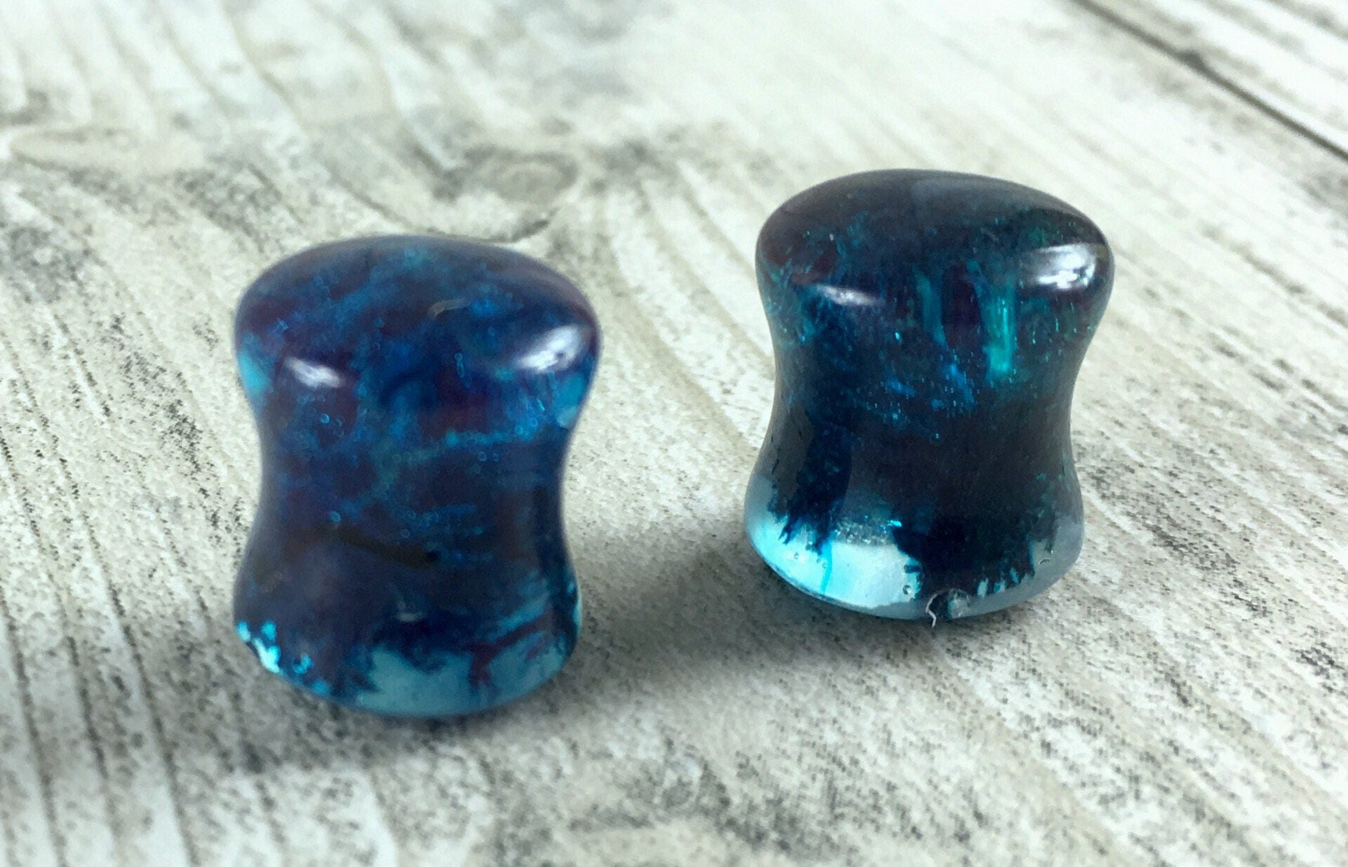 Blue moss ear plugsresin earplugsblue ear plugsreindeer mossear gaugesterrarium jewelryterrarium ear plugs