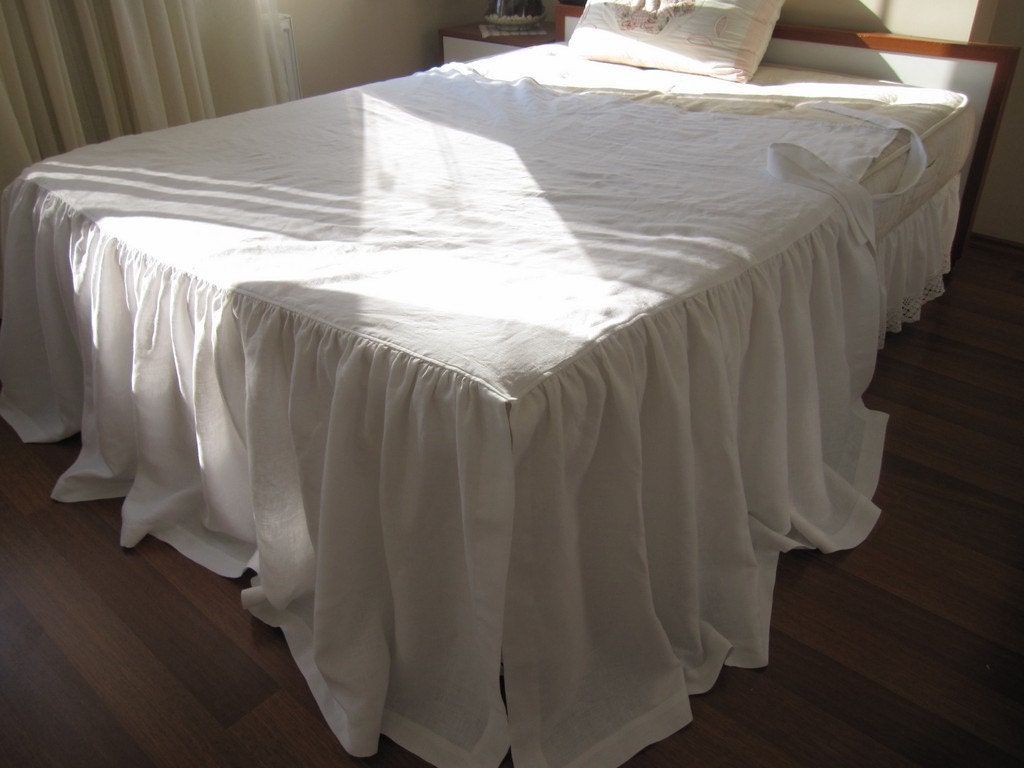how to make a daybed dust ruffle