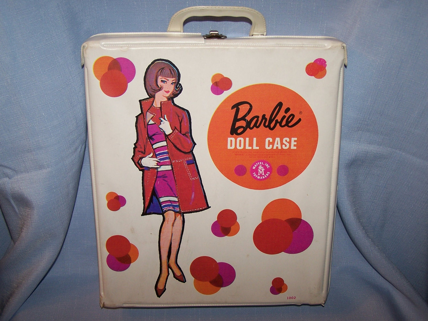 barbie case International doll icon barbie is the number one doll in the world and has 1,000 youtube channels dedicated to her, according to parent company mattel last year it decided to open the world's only shop devoted to her, a six-floor pink palace in shanghai, one of the best examples of rule three .