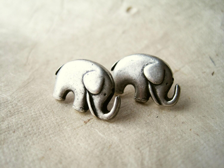 elephant earrings silver elephant studs by piggleandpop
