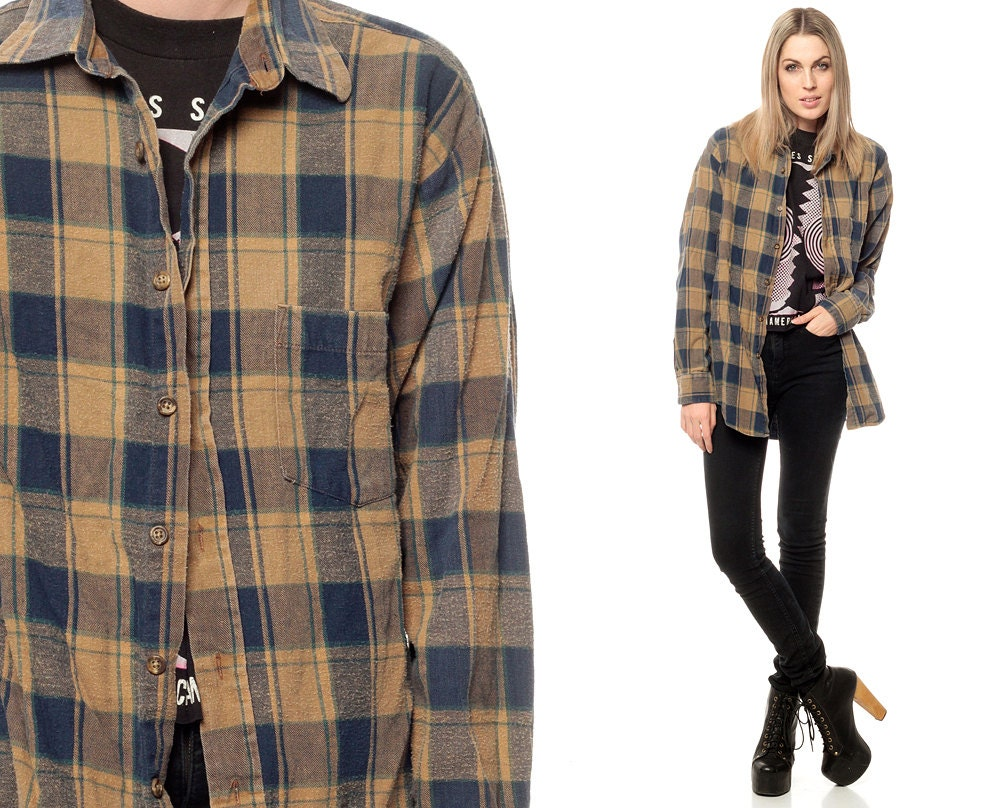 Flannel shirt 90s tan navy blue plaid button down by shopexile for Navy blue plaid shirt