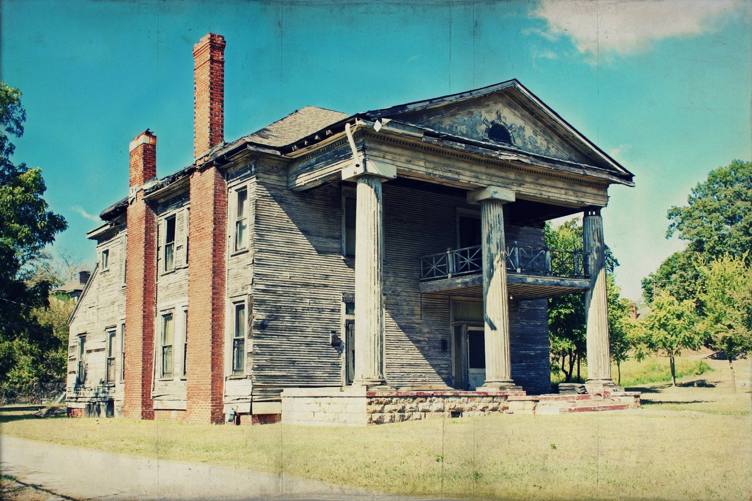 Abandoned plantation home in rural alabama abandonment for Home builders in south alabama