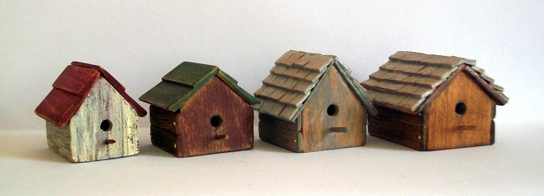 Miniature Bird House (1 inch dollhouse scale)