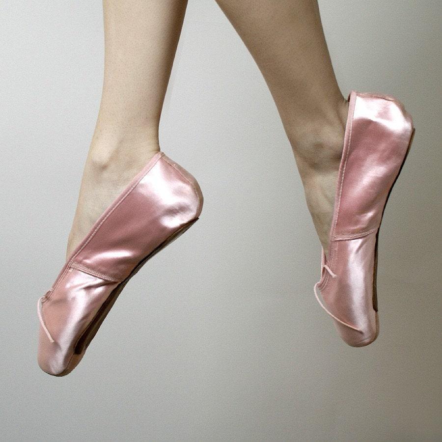 vintage pink satin capezio duro toe ballet pointe shoes by