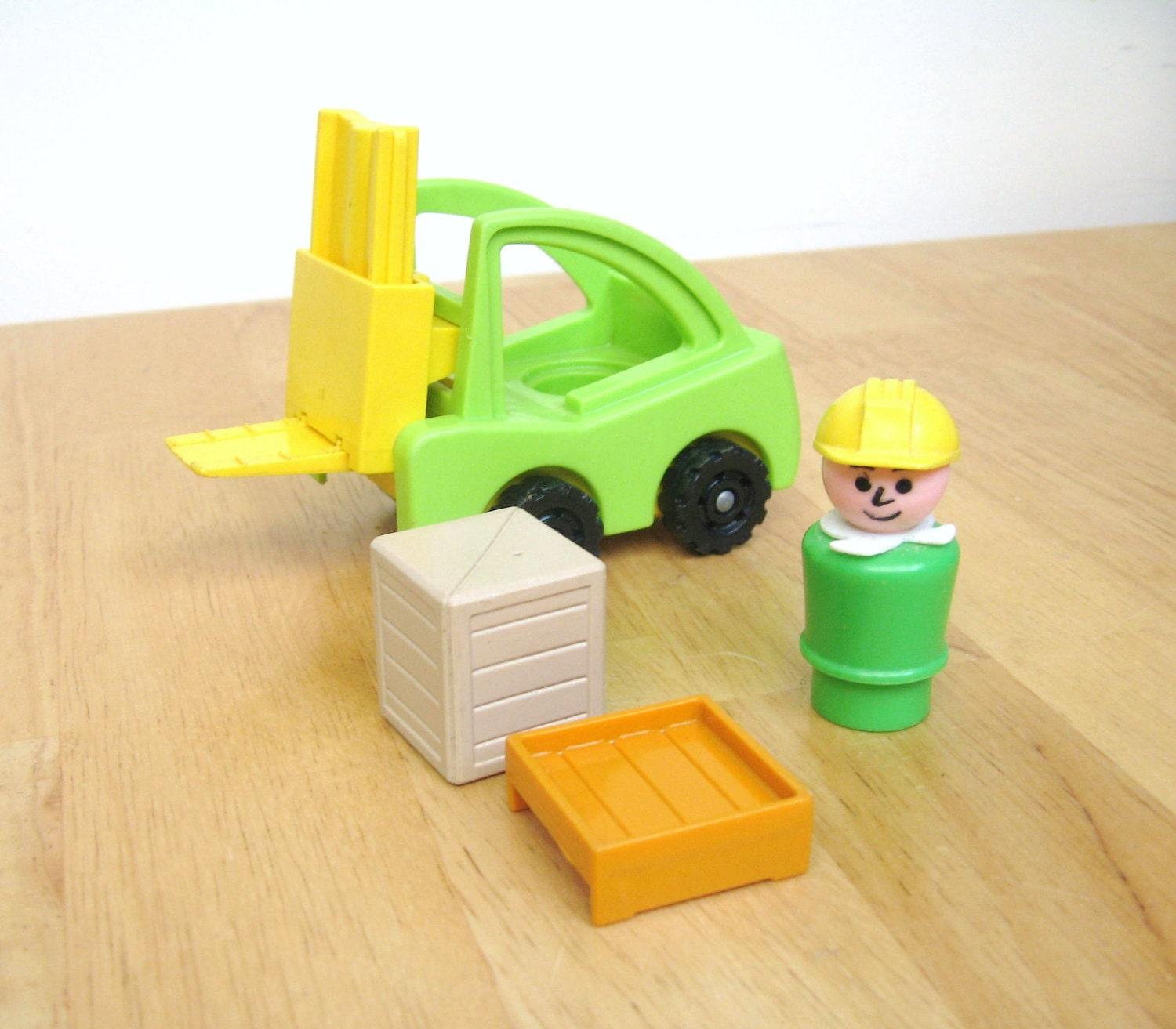 Fisher Price Green Forklift - toysofthepast