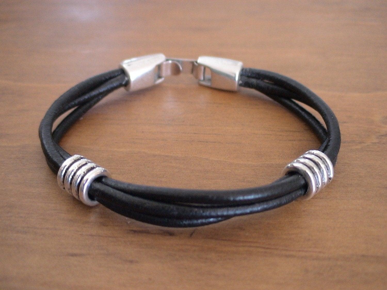 matos fabriquer ce type de bracelet pour homme cr ations manuelles forum loisirs. Black Bedroom Furniture Sets. Home Design Ideas