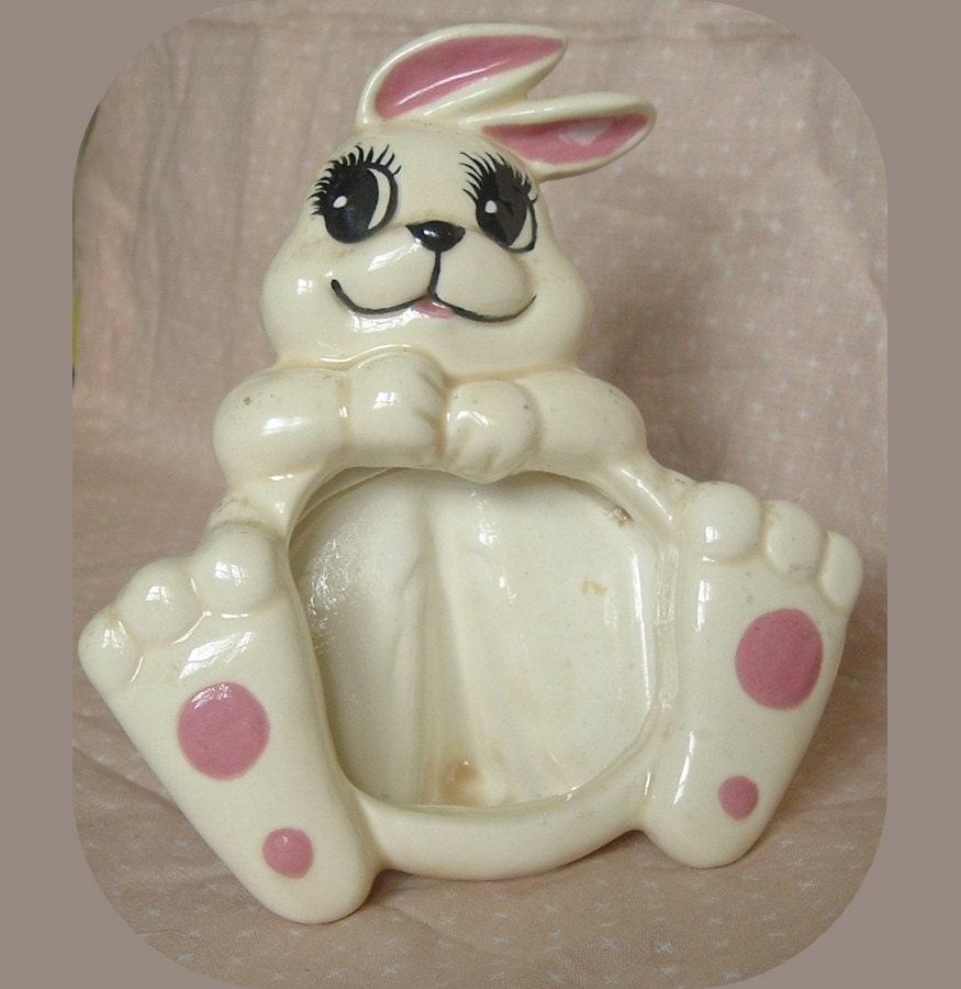 Vintage Ceramic White Bunny Rabbit Photo Frame By