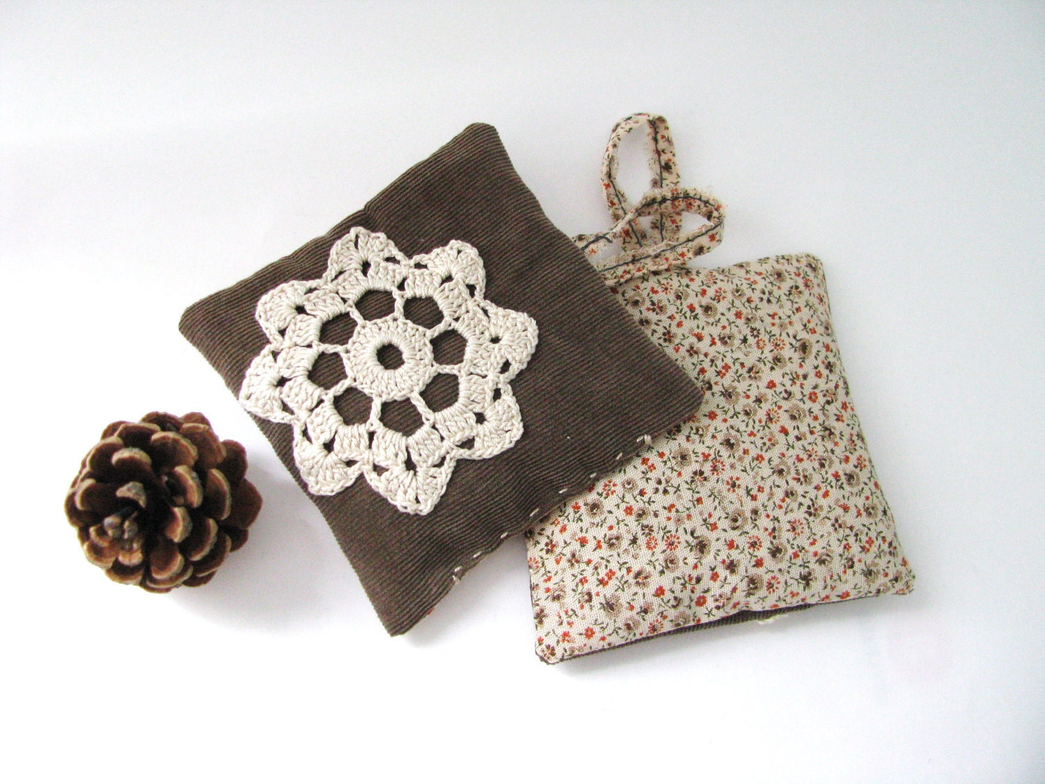 lavender pillow - rustic lavender sachets farmhouse brown doilly set of 2 - ostat - xxxRedStitcHxxx