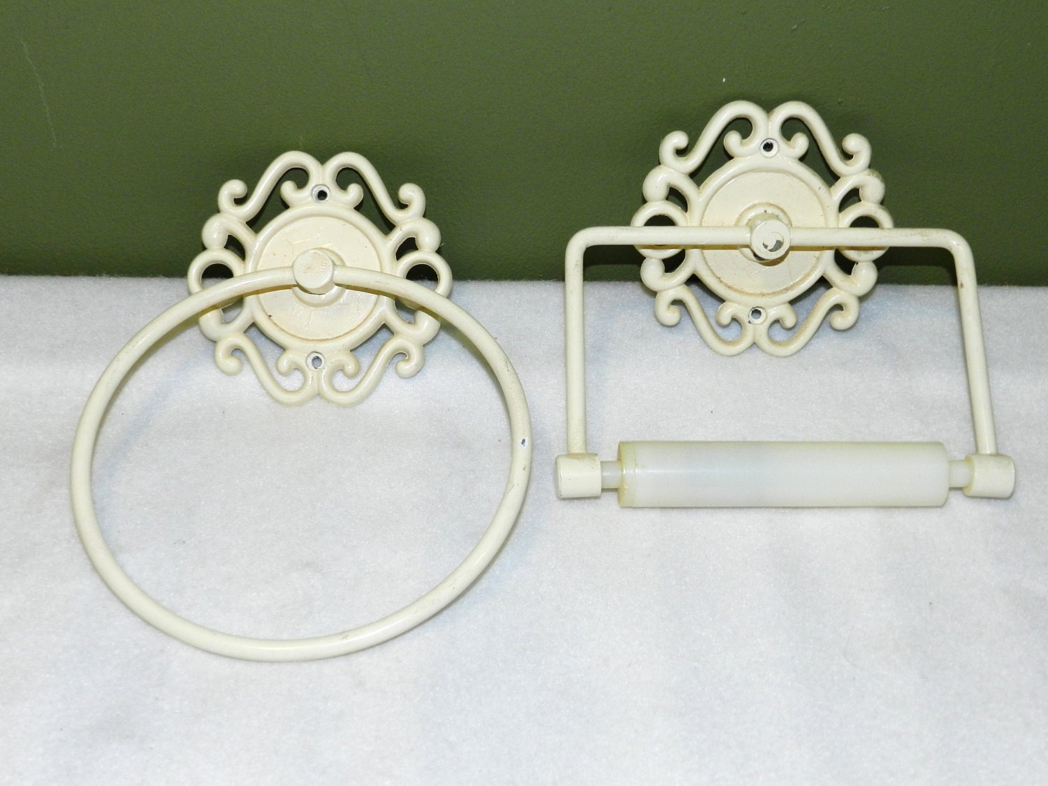 Vintage shabby chic bathroom fixtures by ferrytaletreasures - Shabby chic lighting fixtures ...