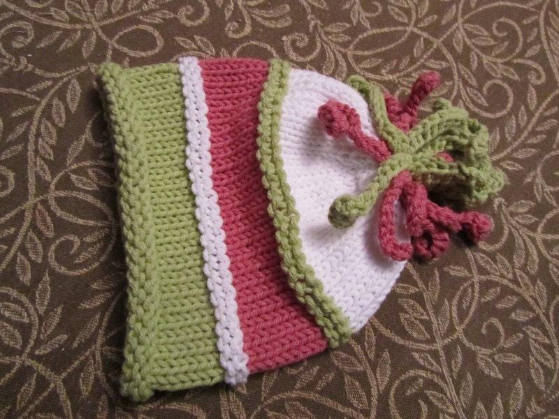 کودک کلاه بافتنی -- سفارشی ترتیب پینک رز و سبز کلاه بچه با Squiggles در بالا بافتنی