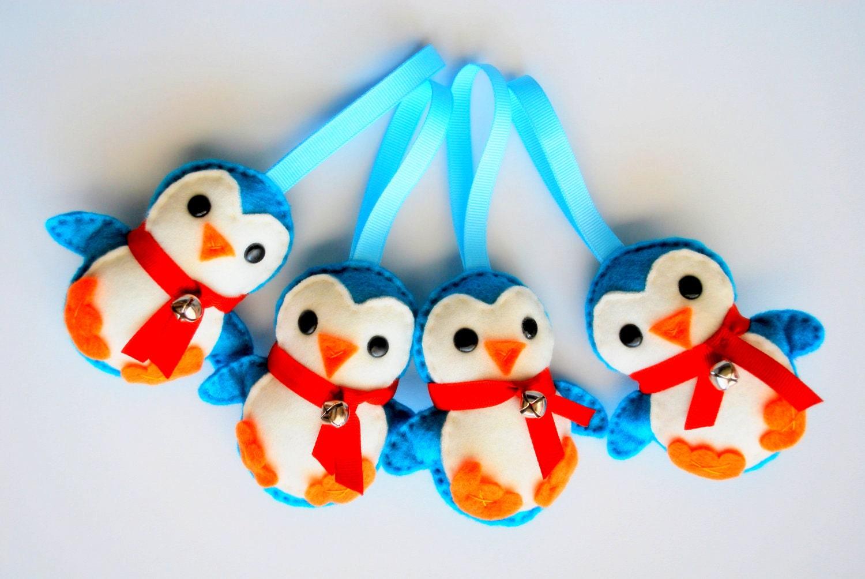 4 Penguin Felt Ornament A344