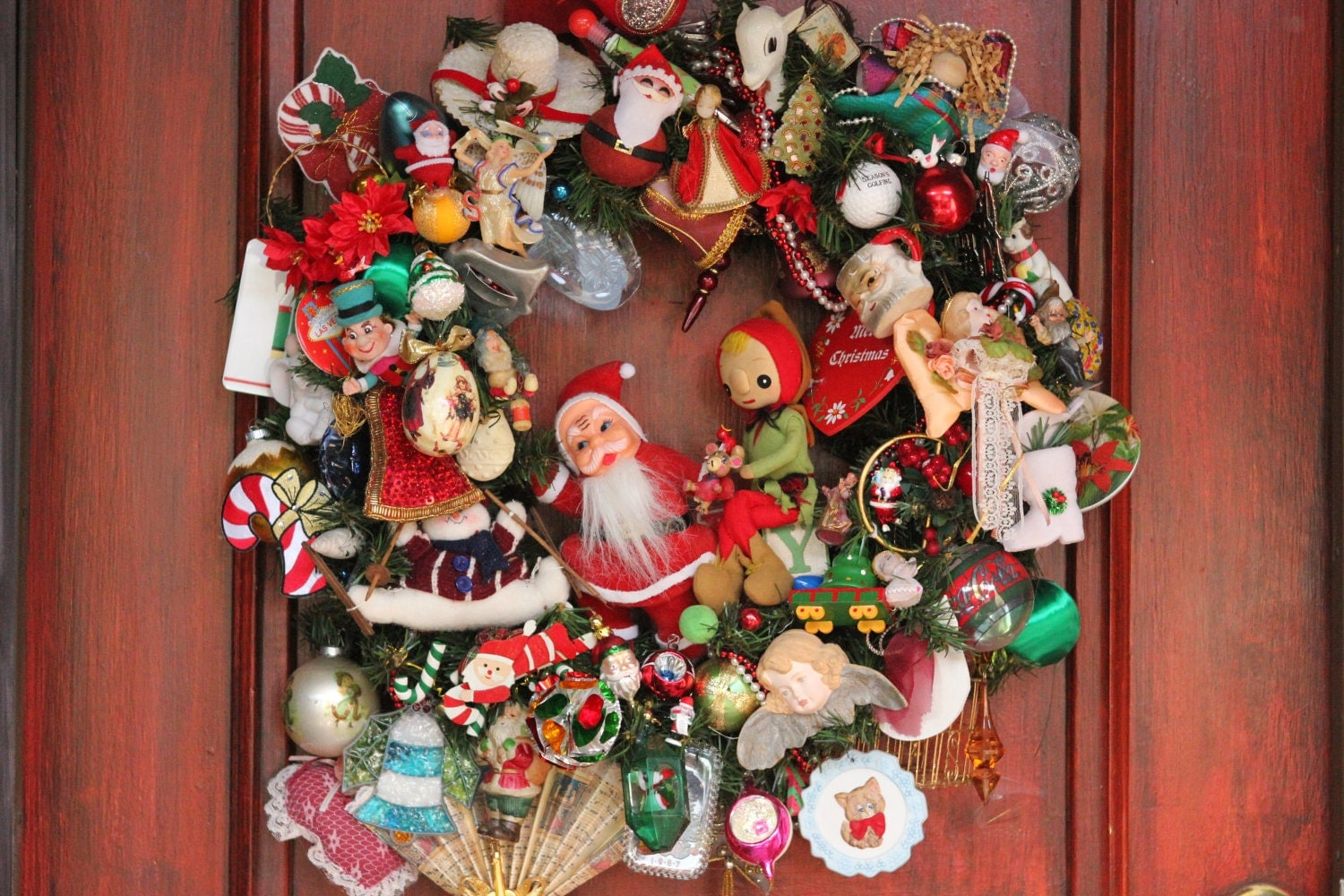 XL Timeless, nostalgic Americana Christmas wreath w charming vintage Santa, sweet gnome elf , loads of vintage ornaments
