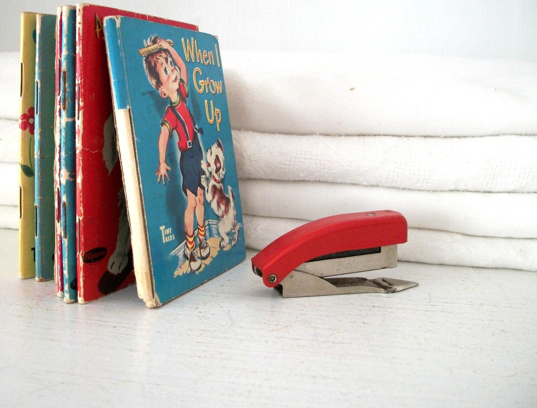 Vintage Mini Stapler - elizabethwrenvintage