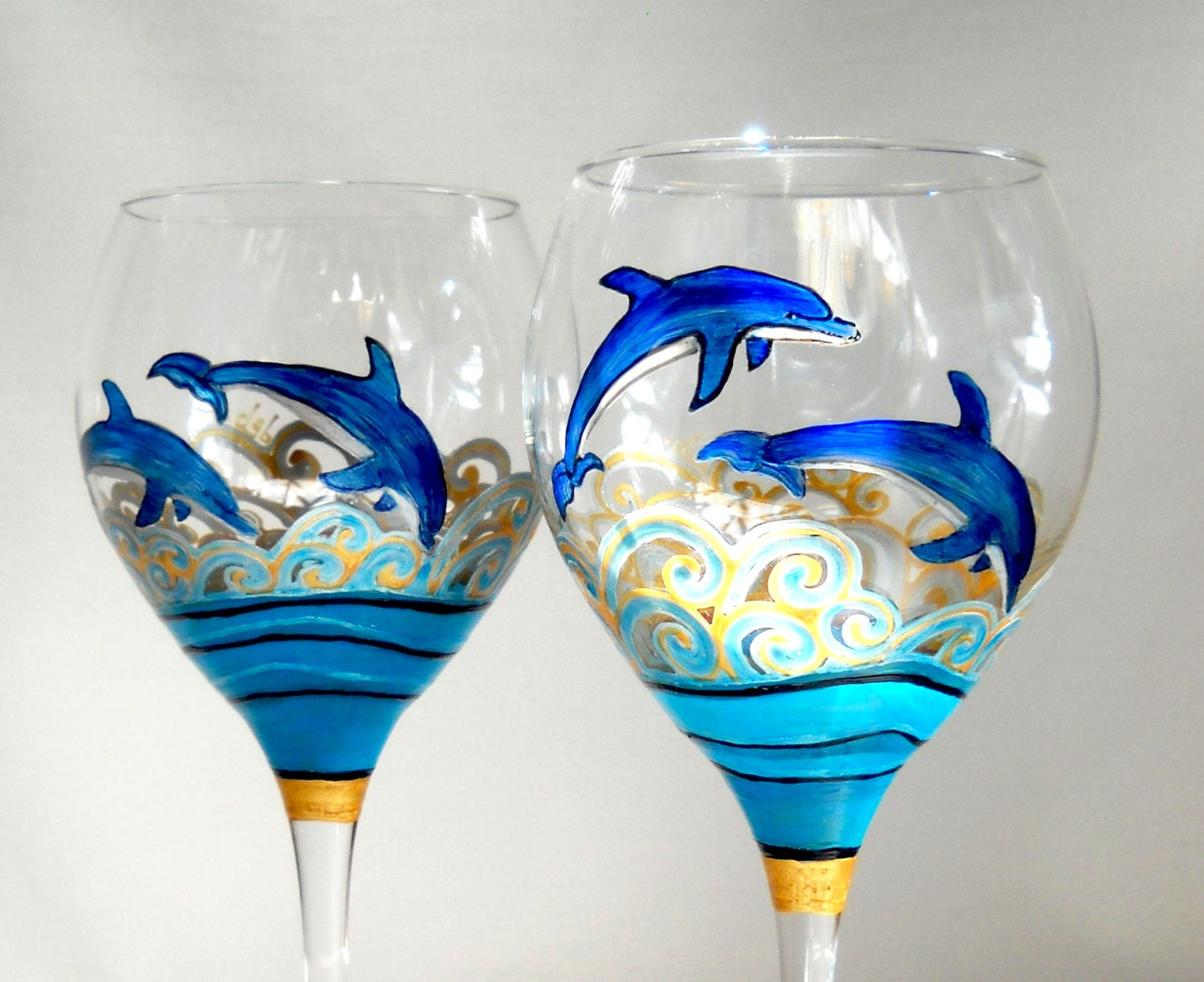 Blue dolphins hand painted wine glasses made by for Hand designed wine glasses