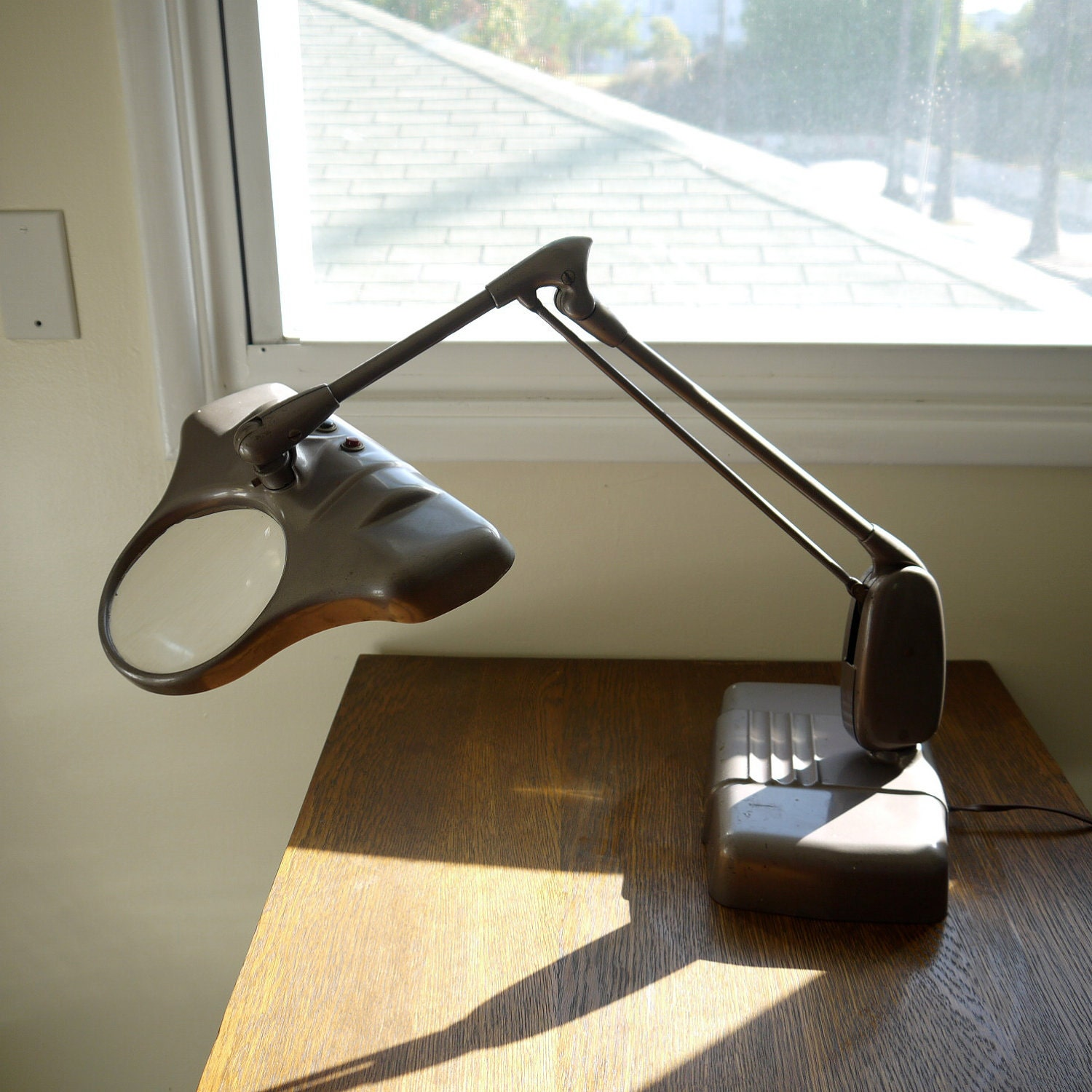 Jessica Blog Desk Lamp With Magnifying Lens – Desk Magnifying Lamp