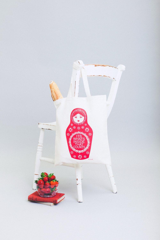 Shoulder Bag  Cotton Tote  Canvas Shopper  Grocery Bag  Slogan Tote  Its Whats Inside That Counts Tote Bag  Alphabet Bags