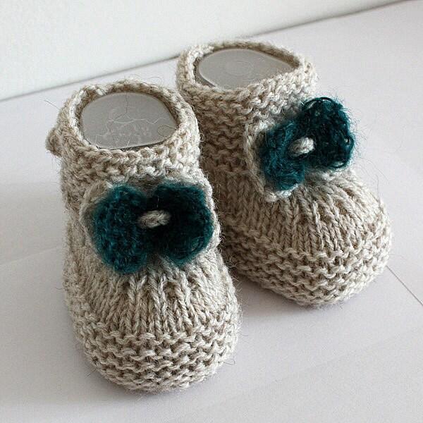 şiş örgüsü bebek patiği-baby booties