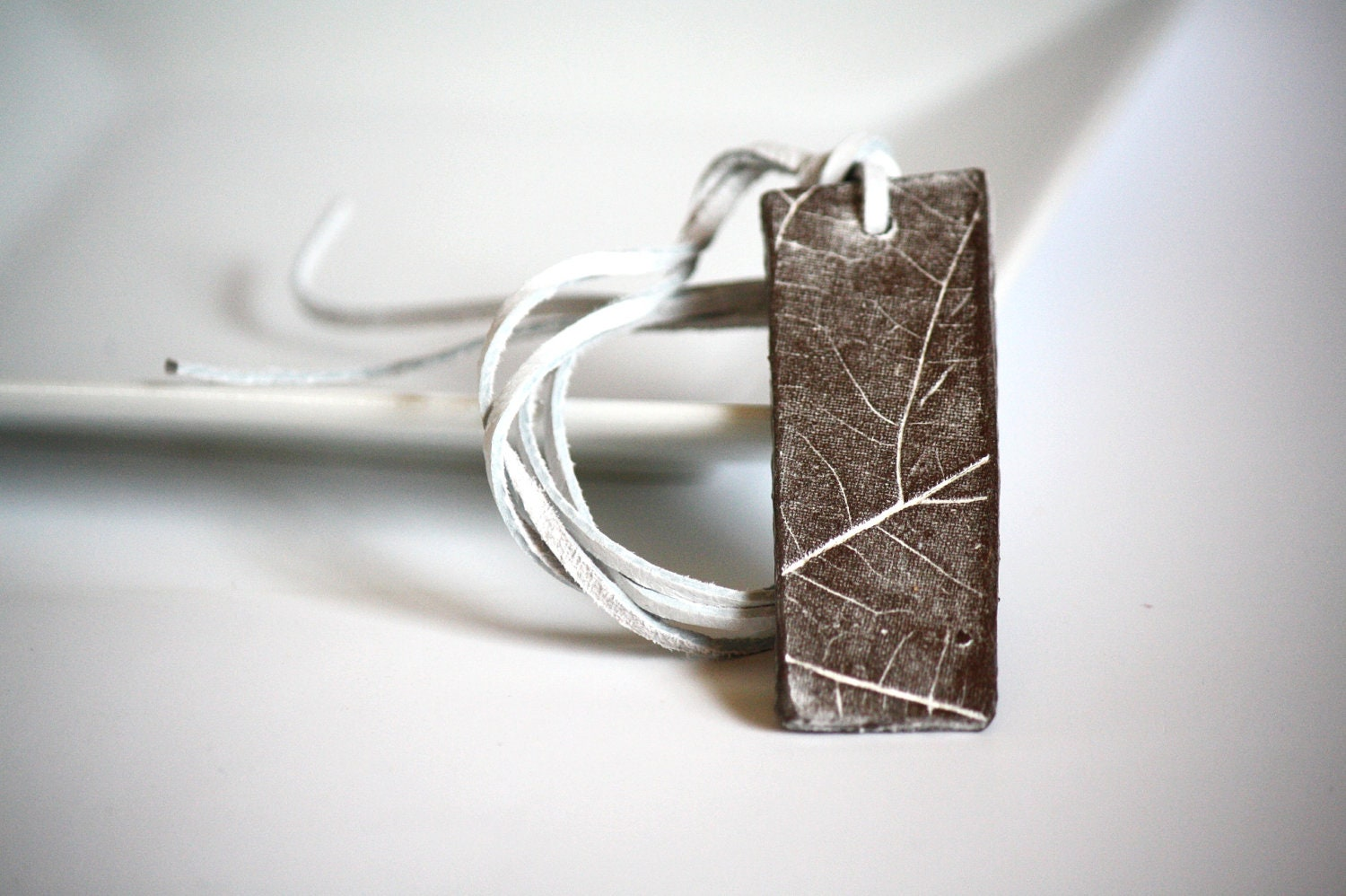 II Chocolate brown snow white, leaf veins hand pressed ceramic clay pendant necklace, organic, natural, ooak - CatHot