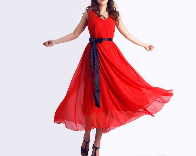 لباس قرمز طل MAXI نوعی پارچه ابریشمی (0074)