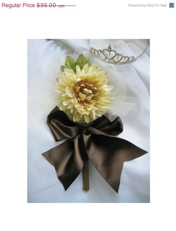 Wedding Bouquet, Silky Beige Chrysanthemum Blossom, Green Leaves, Attaches to Wedding Art  Mirrors, For Bride, Bridesmaid, Or Maid of Honor