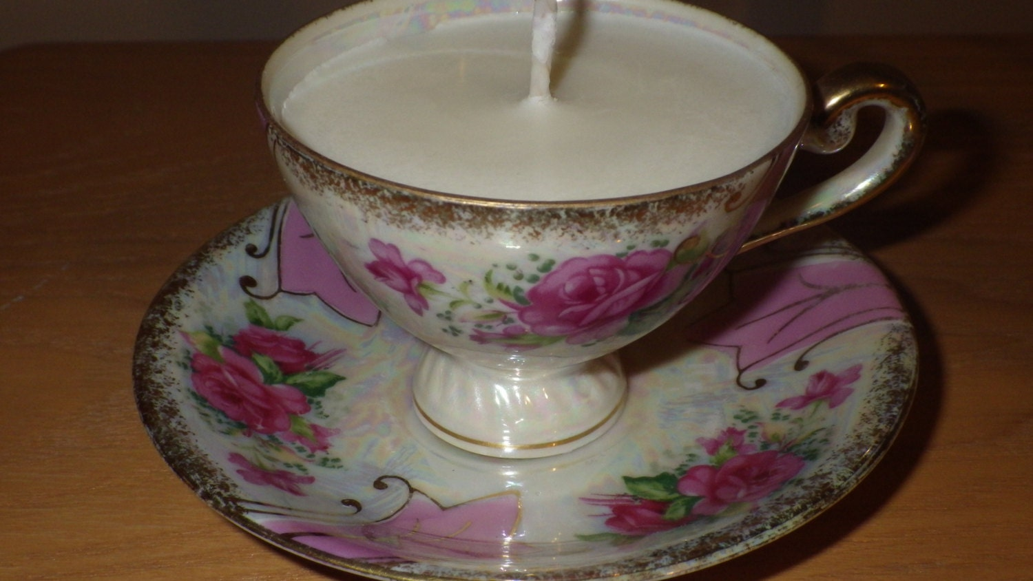 Hand-Poured Vintage Teacup Soy Candle - StitchesandWicks