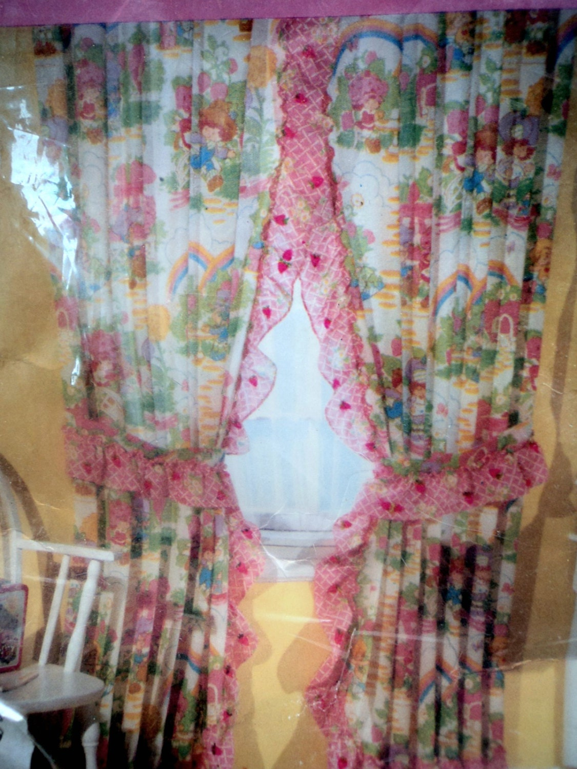 Vintage 80s Priscilla Curtains Strawberry By Caligodessvintage