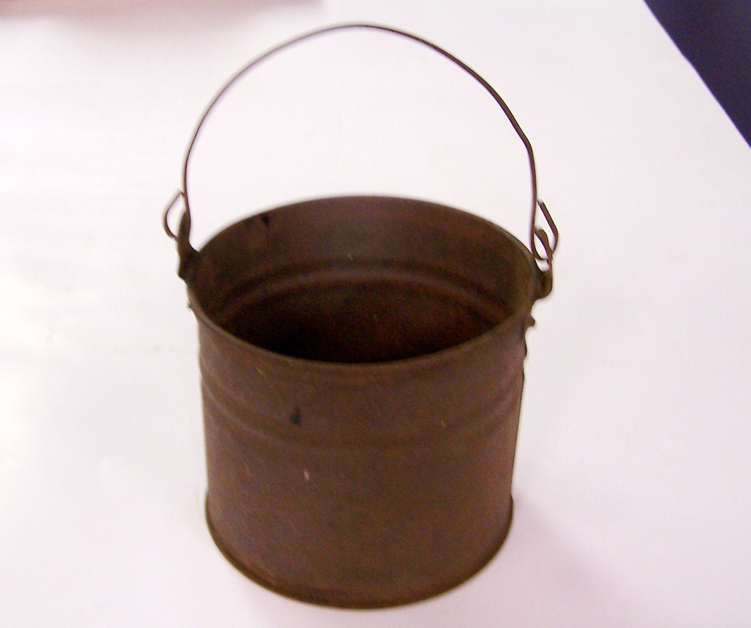 Antique tin bucket or pail with bale handle by tsvintagewares for Old metal buckets