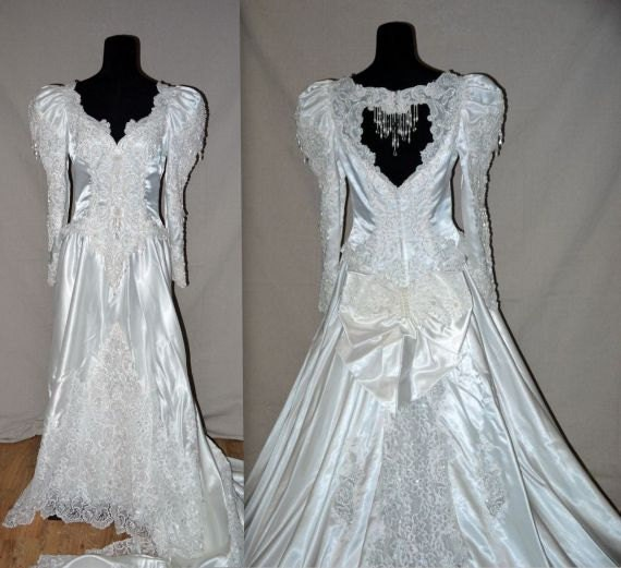 1980s Wedding Dresses: Vintage 80s 90s Wedding Gown & Veil / 1980s By