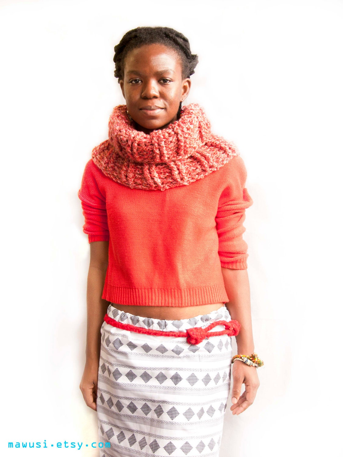 Rib Crochet Chunky Snood // Cowl // Neck Warmer in Coral Pink and Brown FOR HER - Under 50 Dollars - Ready to Ship - Mawusi