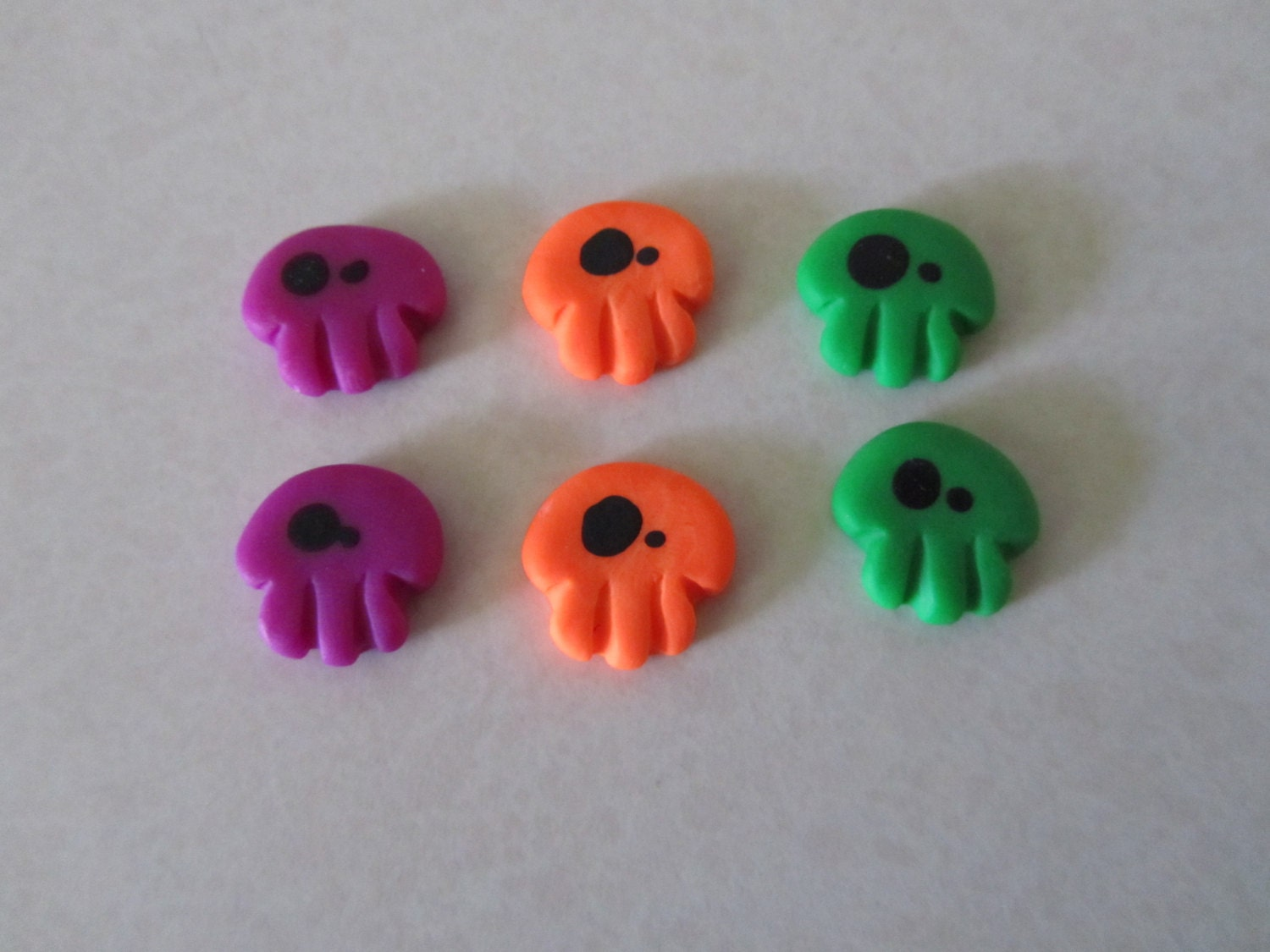Creepy Cute Wonky Eyed Skulls Hallowe'en mix