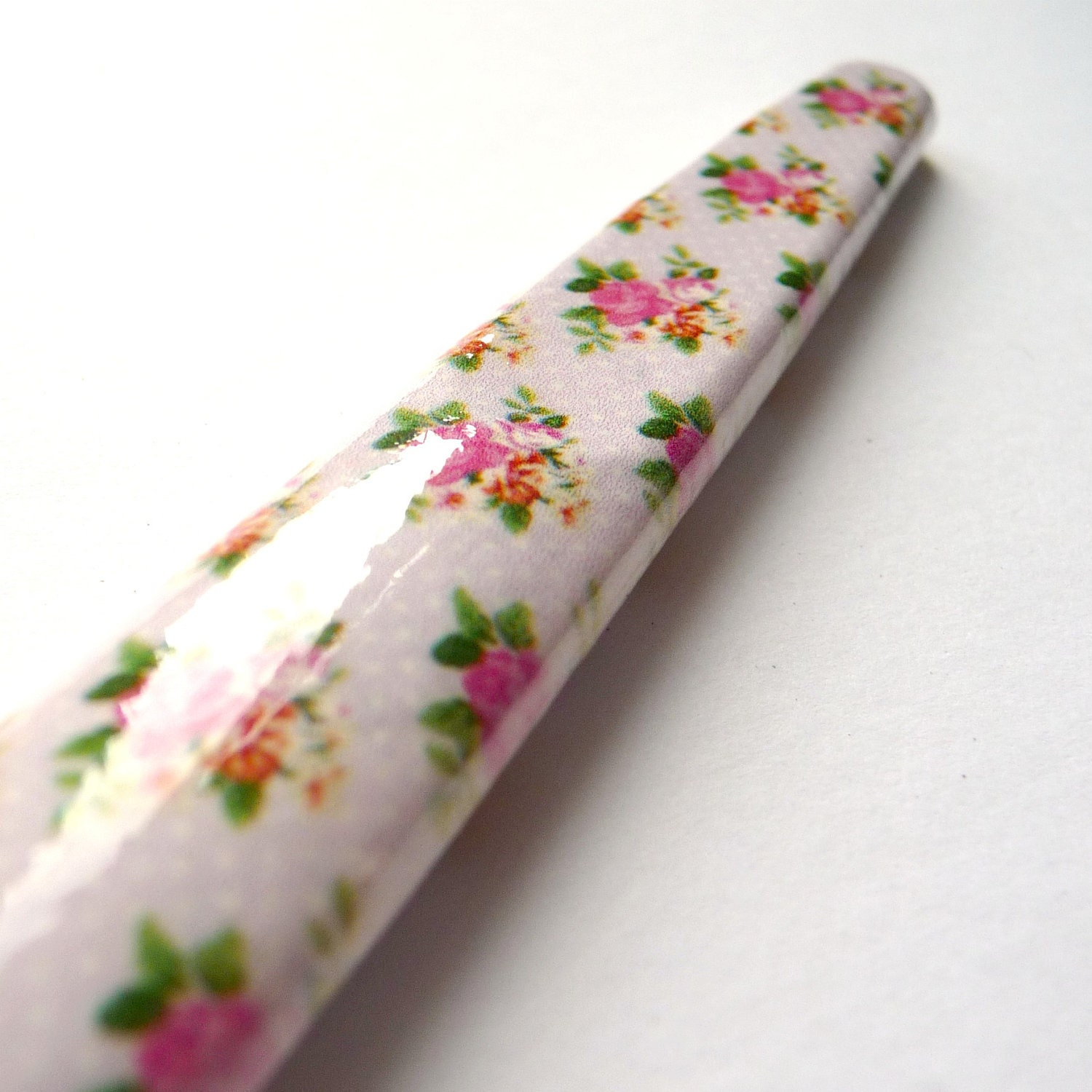 Crochet Hook - Lilac and Rose Buds
