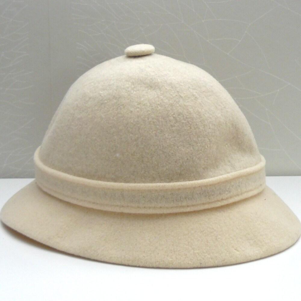 Charming Vintage kangol hats