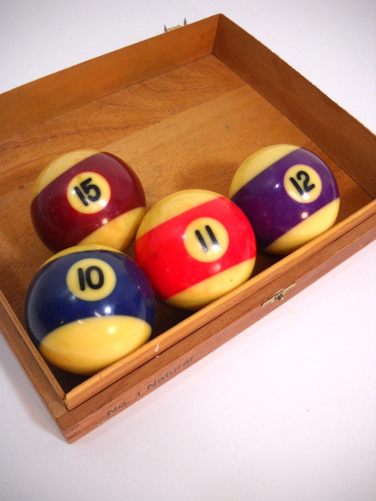 Vintage Billiard Balls Pool Balls YOU PICK Set of 4 - wallstantiques