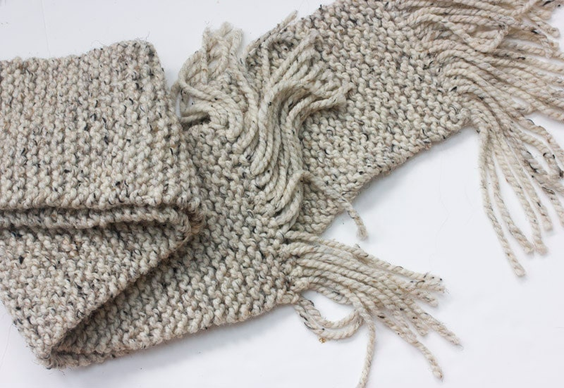 Chunky  Knit Mens Scarf,  Unisex  Scarf,  Beige Oatmeal Tweed Scarf - beadedwire