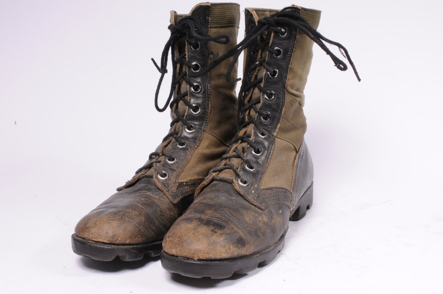 jungle boot mens size 7 5w by metropolisnycvintage