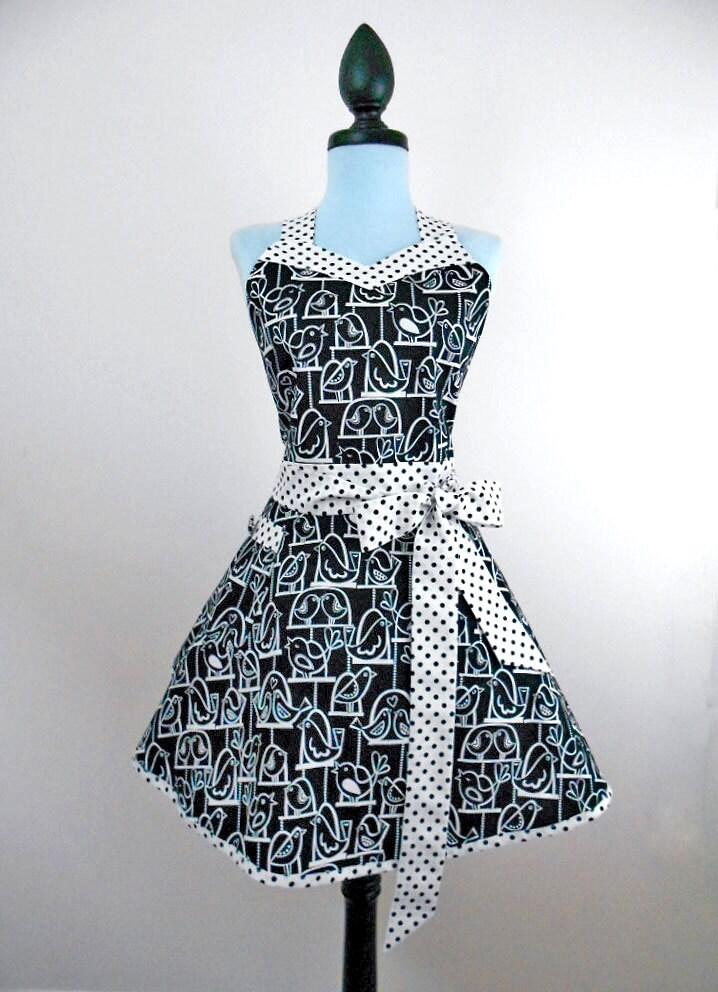 Handmade bonito das mulheres namorada retro avental cheio de aves estilo mod em balanços e tecido preto e branco de bolinhas de algodão