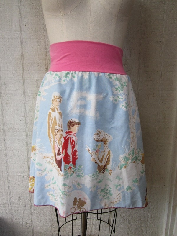 E.T The Extra-Terrestrial vintage 80s,recycled skirt,repurposed,reclaimed,vintage fabric 1982 alien movie