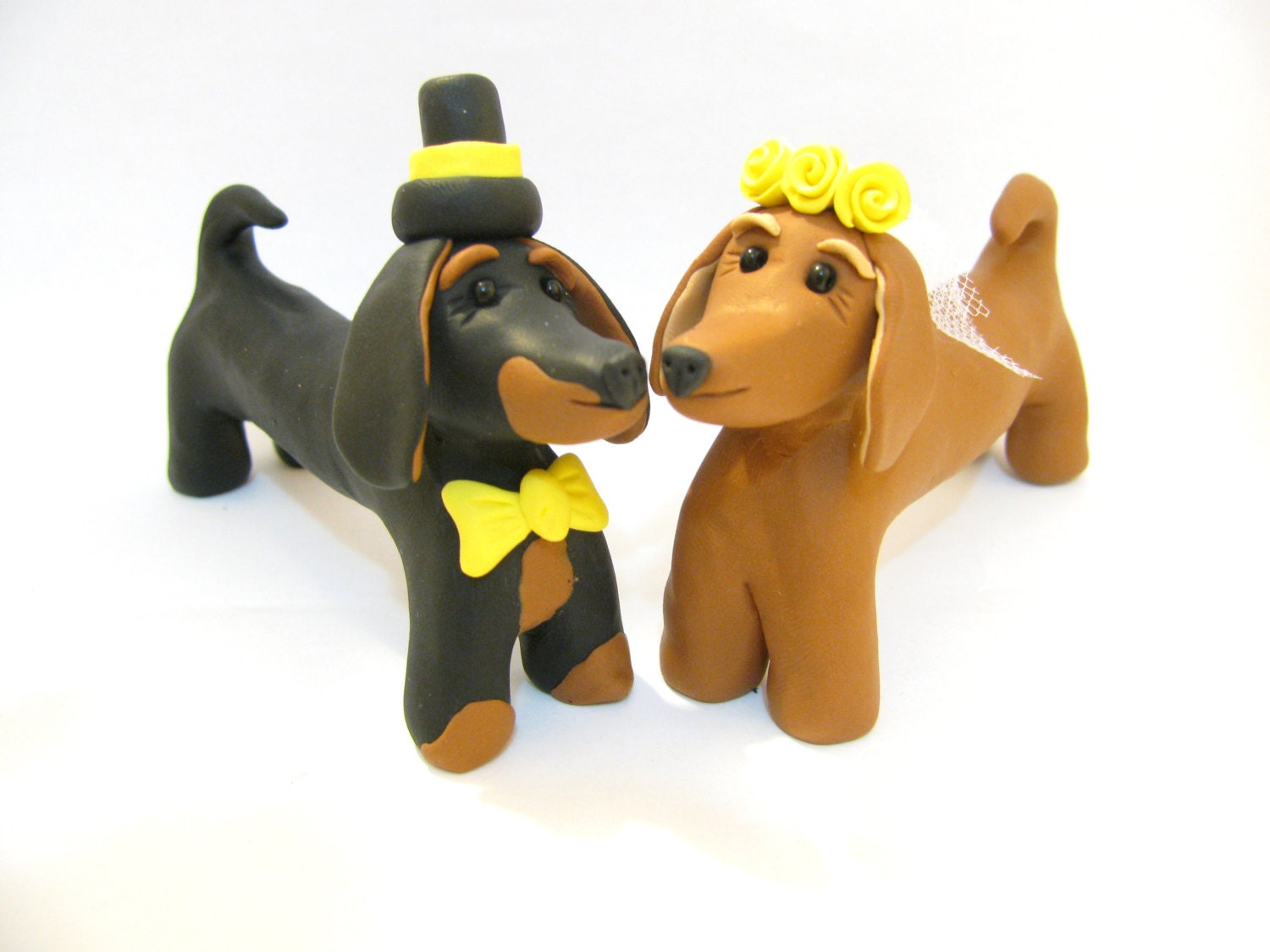 Dog love, Dachshund wedding cake topper - yaelsplace