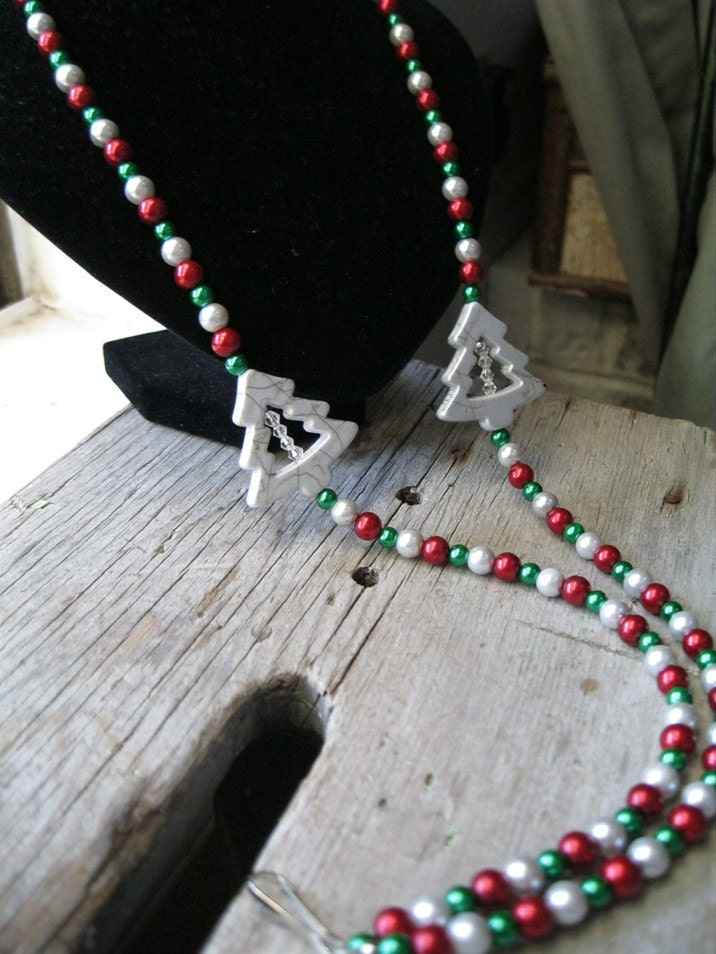 Christmas Tree and Pearl Beaded Lanyard