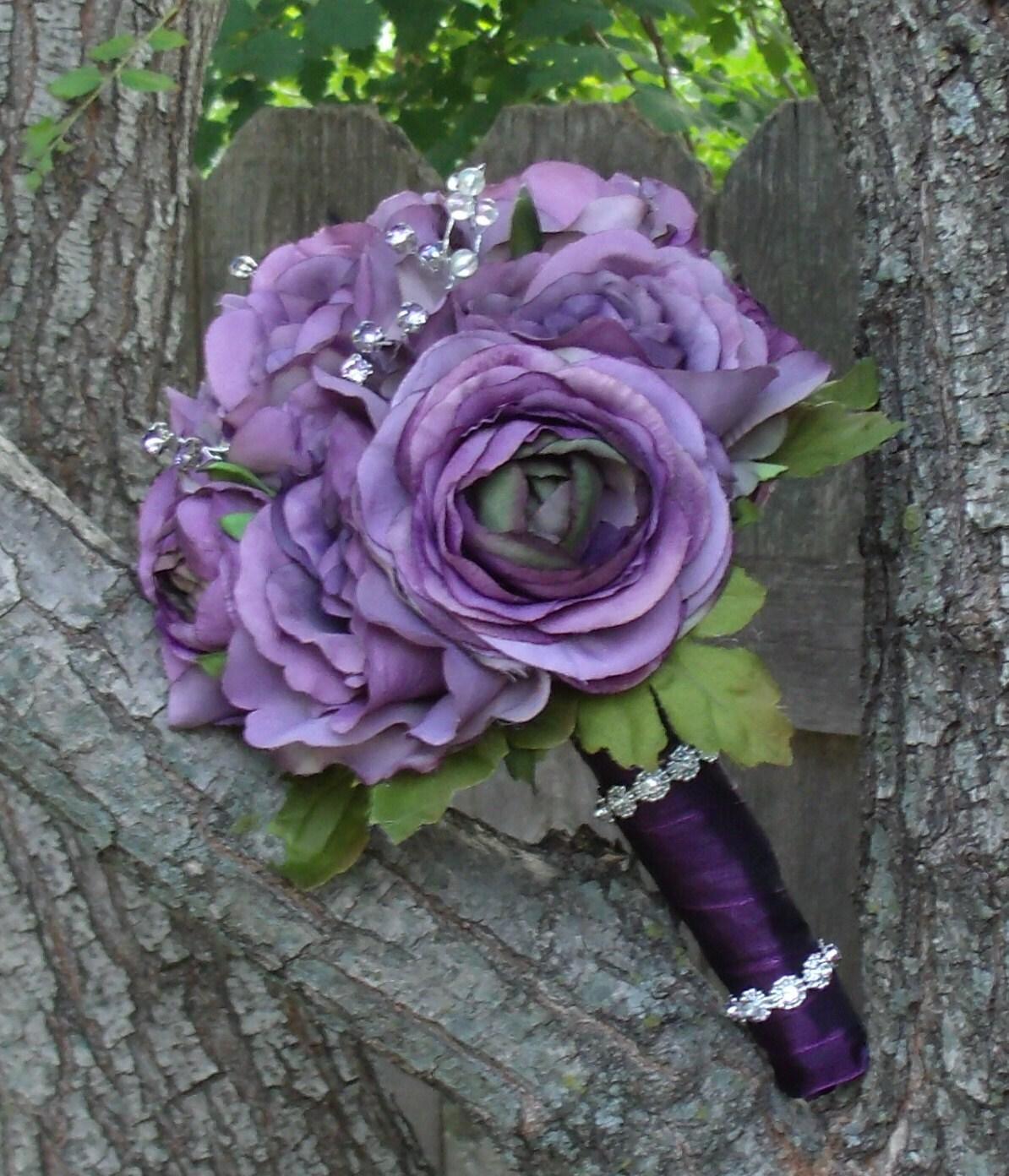 Light Purple Roses Bouquet by HappyDayFlowerCo on Etsy