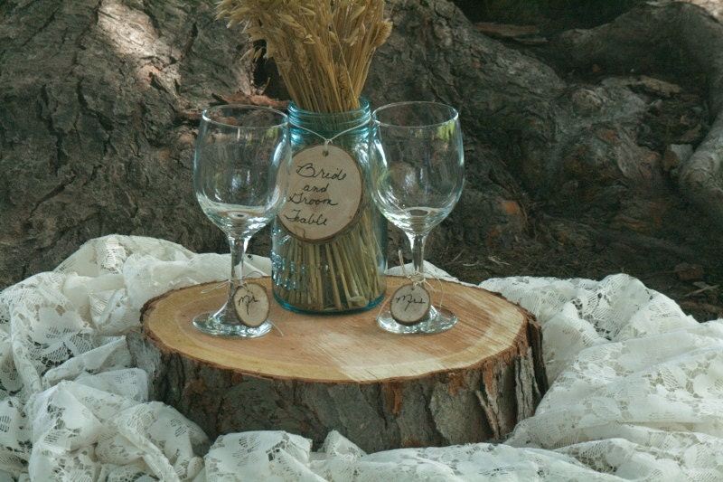 Rustic wedding wood slice centerpiece free by theheritagetree